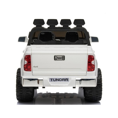 Электромобиль RiverToys Toyota Tundra (JJ2255) белый