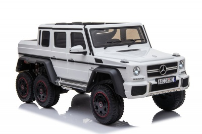 Электромобиль RiverToys Mercedes-Benz G63 AMG 4WD P777PP белый